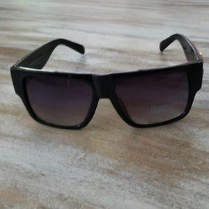 1da63518c03d Versace Accessories - Faux Versace style glasses NEW! But has a scratch!